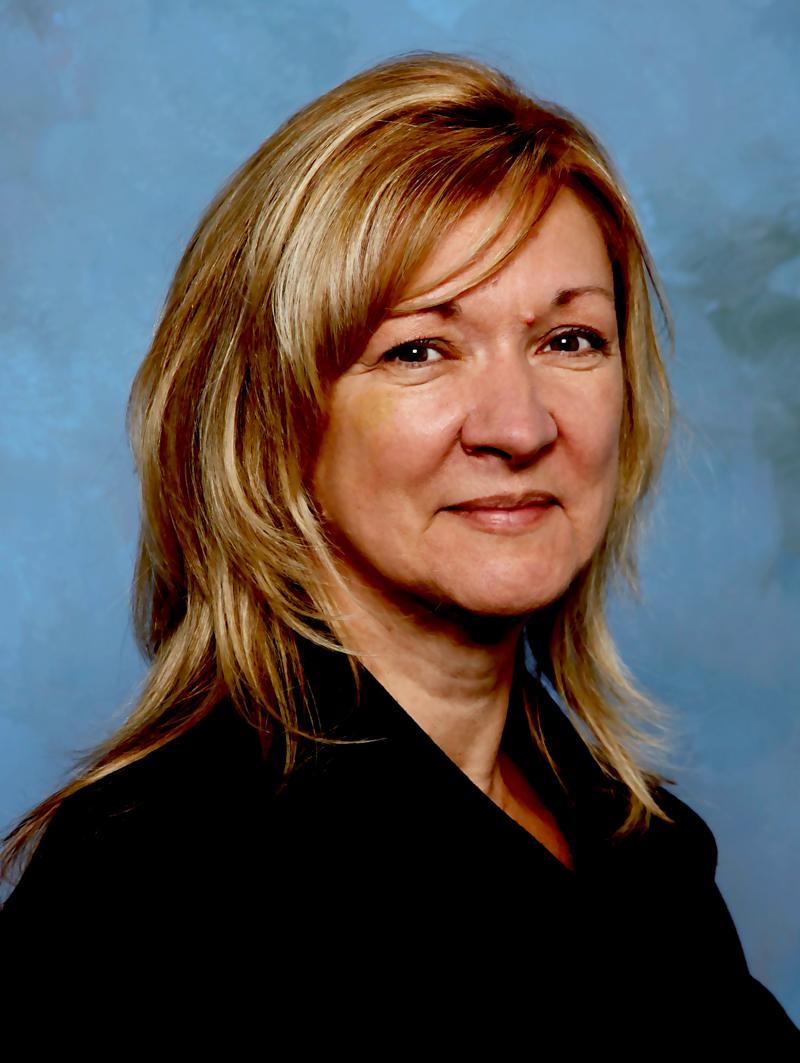 Lorraine Currie